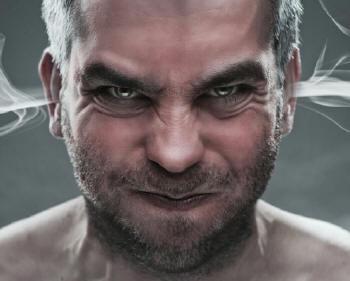 ¡Hipertensión es sinónimo de acumulación de enojos y pensamientos negativos!